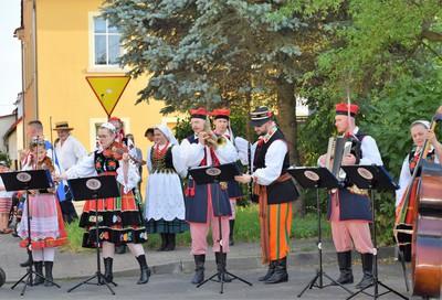 Galeria Gra muzyczka po uliczkach Kruszyna