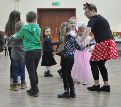 Galeria Wizyta Św. Mikołaja w Domu Ludowym w Nowej